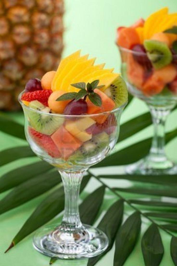Coctel de frutas tropicales