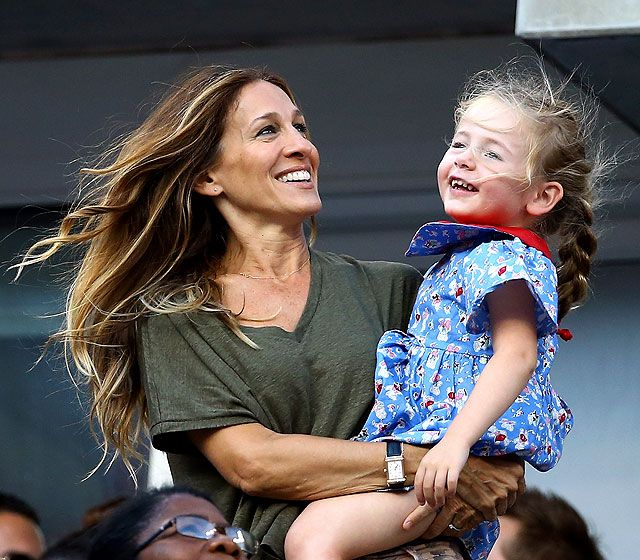 Sarah Jessica Parker and daughter Marion excitedly watched Serena Williams vanquish opponent Victoria Azarenka at the U.S. Open.