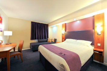 Putney Bridge Hotels | Book Cheap Hotels In Putney | Premier Inn