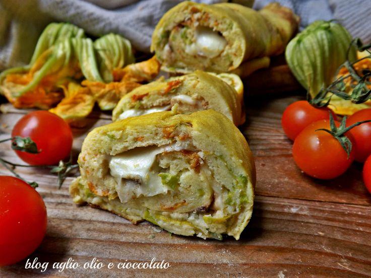 Il rotolo fiori di zucchina e mozzarella è un piatto molto semplice da fare , ricco di sapore ed è ottimo da gustare anche freddo o come antipasto