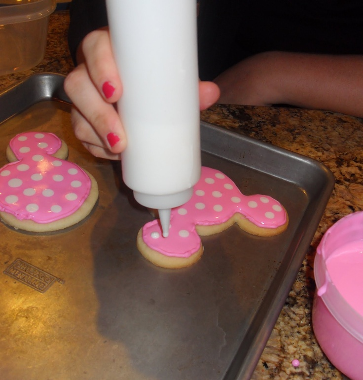 Minnie Mouse sugar cookies