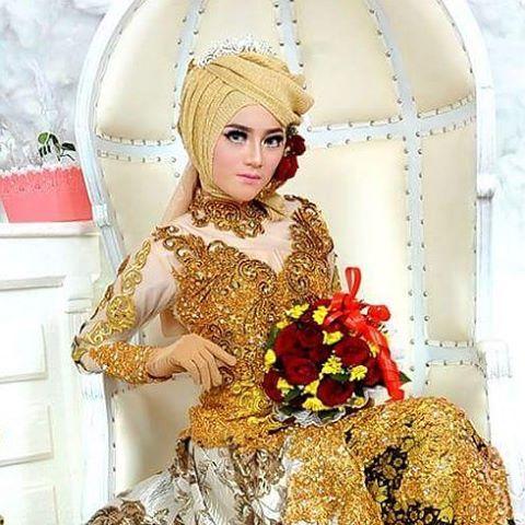 "216 Suka, 1 Komentar - ASRI HIJAB (@asri_hijab_wedding_organizer) di Instagram: ""ASRI HIJAB RIAS PENGANTIN KHUSUS HIJAB,  SPESIALIS MAKE UP NO CUKUR ALIS DGN PERIAS2 WANITA TULEN…"""