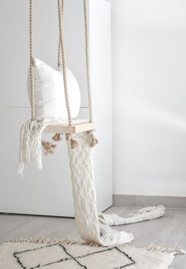 Passion Shake | DIY Dreamy Indoor Swing | http://passionshake.com