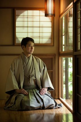 My shujin will have kimono like this. It's just so nice and professional looking.
