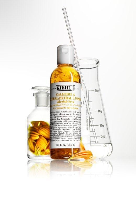 Introduced 40 years ago and still a customer favourite! Our Calendula Herbal- Extract Alcohol-Free Toner speaks for itself. Join us on Twitter - https://twitter.com/KiehlsIndia