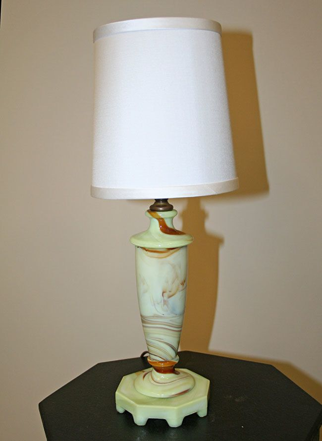Houzex slag glass accent lamp c 1930 myrlg com