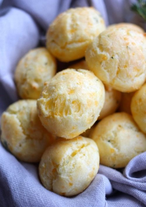 Sharp Cheddar and Thyme Cheese Puffs (Gougère)
