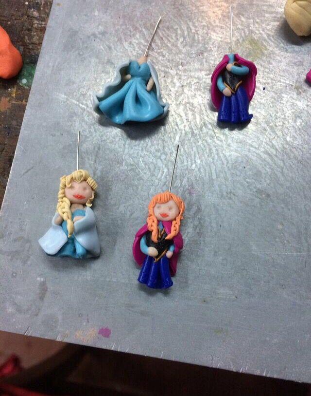Elsa e Anna Frozen in lavorazione