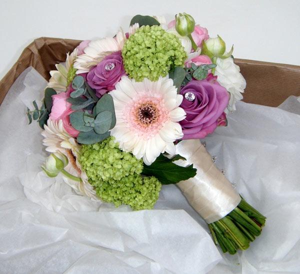 Google Image Result For Http Flowersbycharlottedavies Co Uk Wp Gerbera Weddingwedding Flowersgoogle