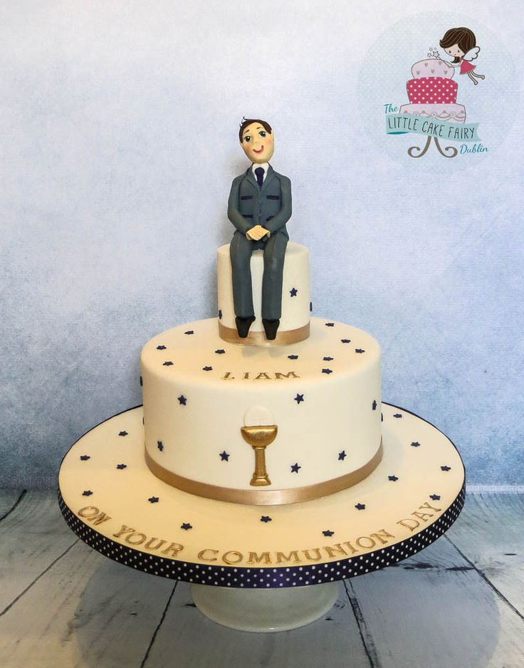Navy and Gold Communion Cake www.littlecakefairydublin.com www.facebook.com/littlecakefairydublin