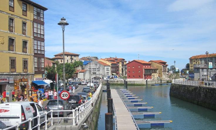 El puerto deportivo desde el puente