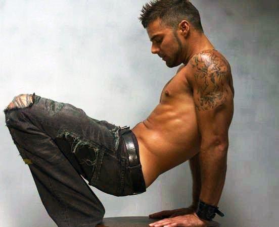 Está es la foto del trasero de Ricky Martin que Penélope Cruz publicó