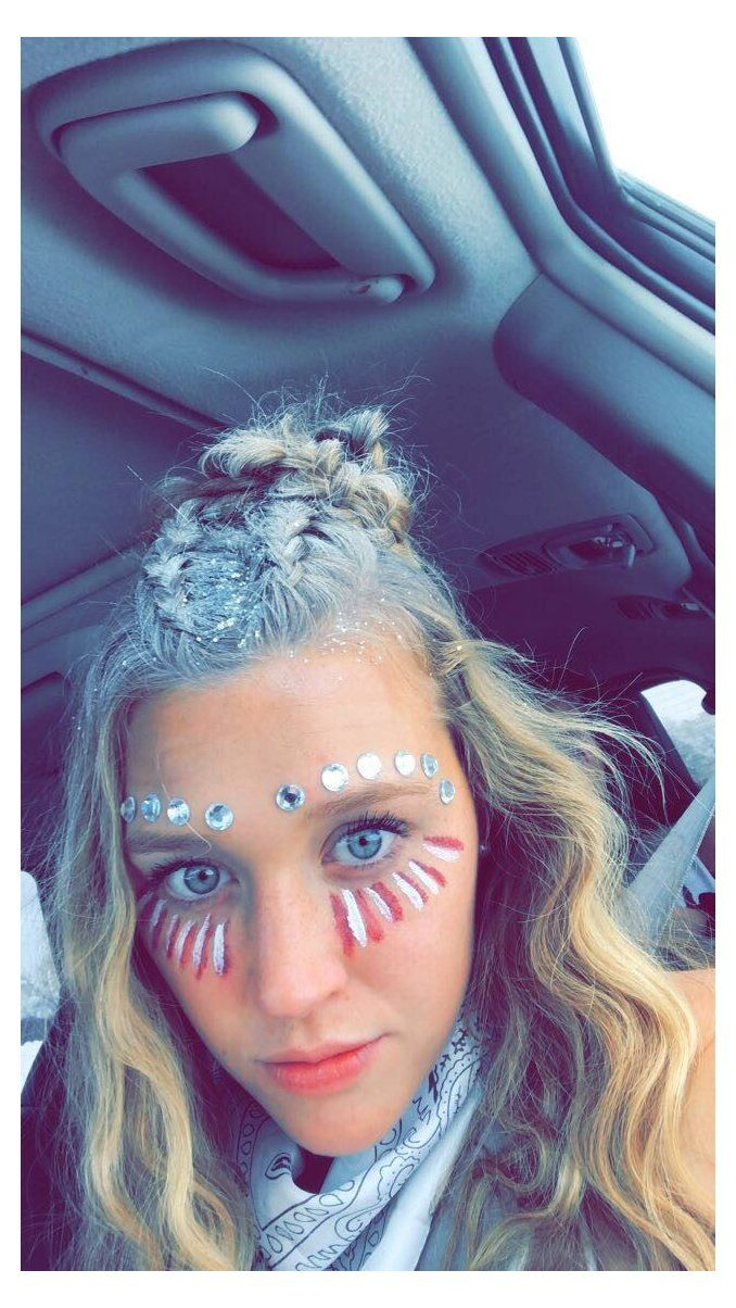 Pin By Ellie Huot On School Pride Yeah I M That Someone In 2021 Cheer Makeup School Spirit Face Paint Face