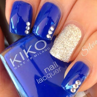 Royal blue and gold shimmer makes an eye catching combination as seen in this elegant nail art. Explore the products mentioned in this how to for your next DIY manicure.