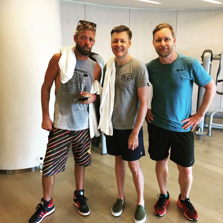 Taylor Hawkins and Nate Mendel from Foo Fighters working out in Bangkok.