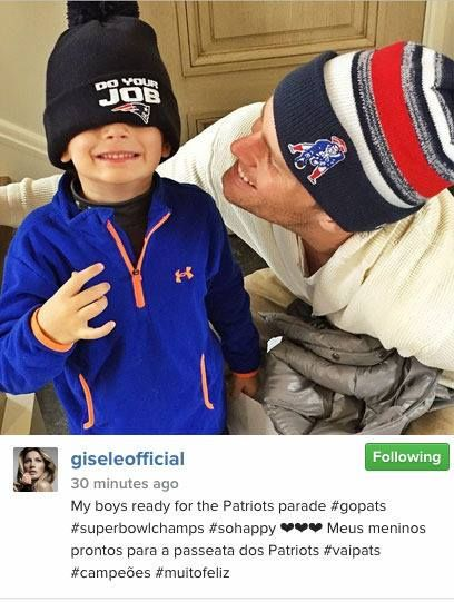 Tom Brady and his family are ready for the @Patriots' Super Bowl Parade.