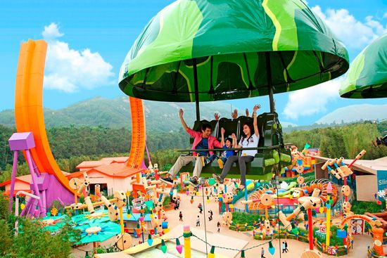 Toy Story Land in Hong Kong Disneyland. Please?!
