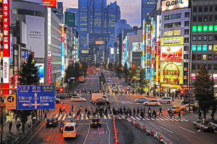 Japan#122 Shinjuku street veiw | by DanÅke Carlsson