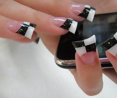 Flared Acrylic Nails - Want this design on coffin nails