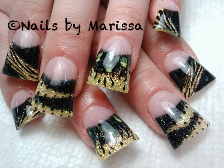 Black and gold flared Acrylic nail art #duck feet #by Marissa