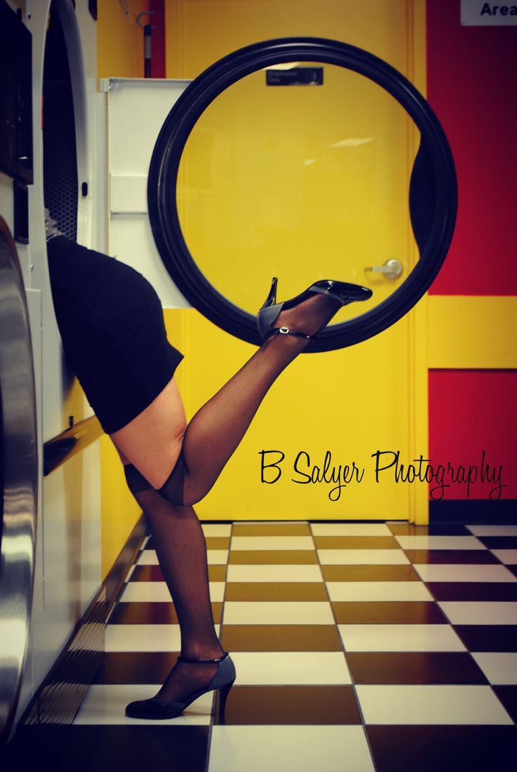 laundromat pin up photoshoot, photography