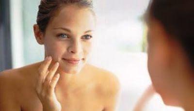 Η ακμή είναι μια ασθένεια του δέρματος που εμφανίζεται κυρίως στην εφηβική ηλικία καθώς το 85% των περιπτώσεων είναι έφηβοι ενώ πολλές φο...