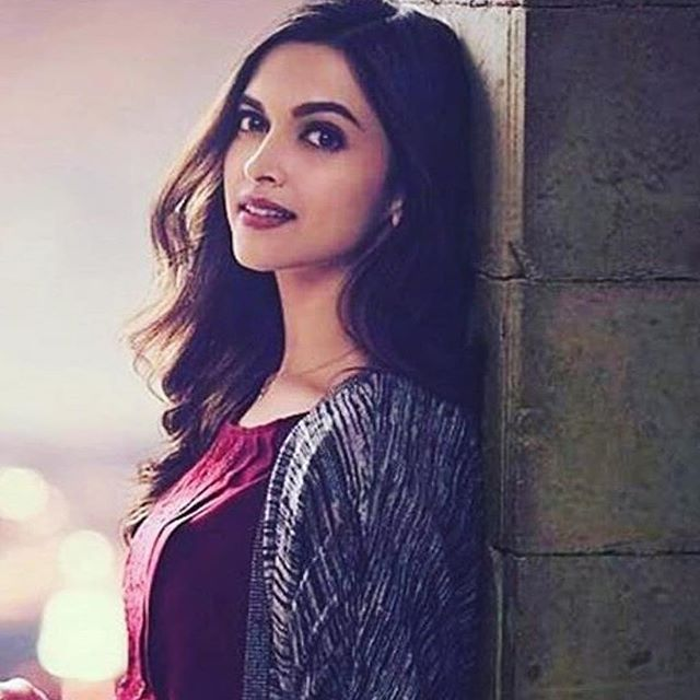Her name should be changed to Miss Gorgeous Padukone (@deepikapadukone, #deepikapadukone ) - - @fandom.cafe @team.aditi