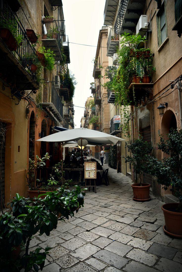 Per le strade di Palermo