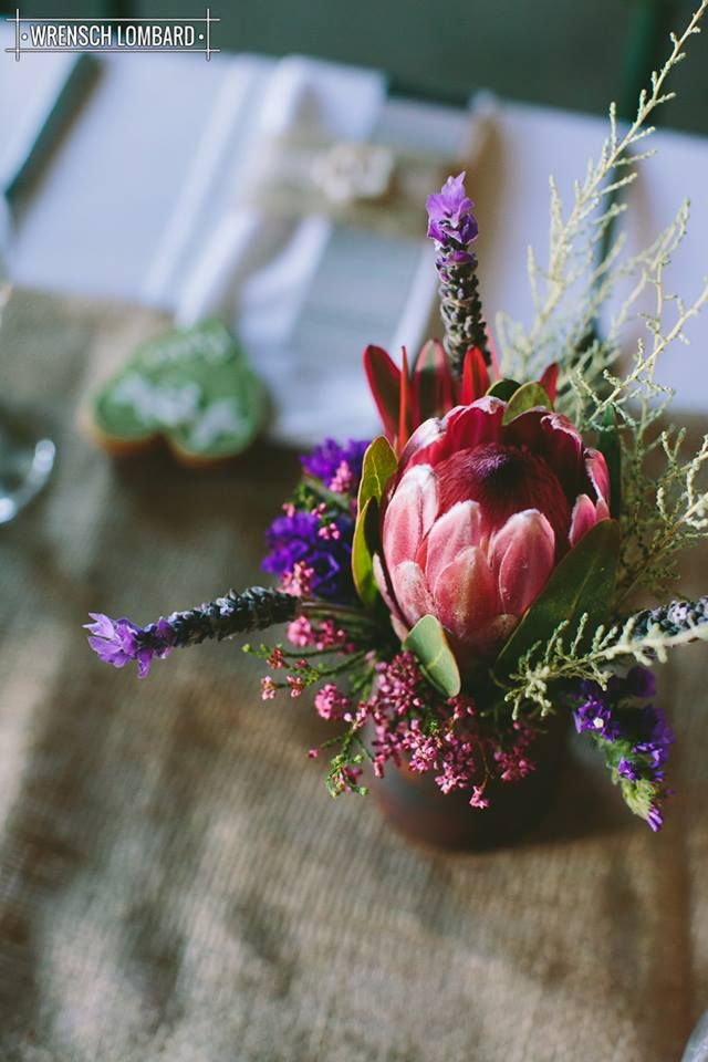De Uijlenes wedding venue, flowers, fynbos, protea