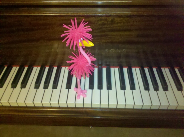 how to play flamingo on piano