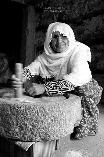Taş Değirmen Ve Emine Teyze Foto: CDemircan. #stone mill #Türkiye #Turkey