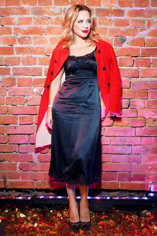 Фото гостей вечеринки Moët Party Day в Duran Bar: Елена Летучая, Виктория Шелягова и другие | Мода | Выход в свет | VOGUE
