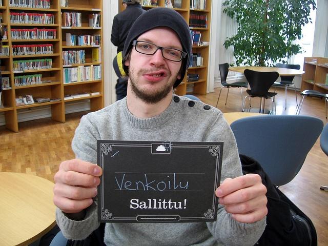 Kirjastossa venkoilu sallittu!