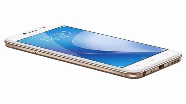Vivo V5 Lite, il fratello economico dell'iPhone non manca di qualità pregevoli Davvero carino questo Vivo V5 Lite, così come - d'altronde - lo erano i suoi fratelli maggiori, annunciati qualche mese fa. Il dispositivo si dimostra bello a vedersi, ben costruito, e piacevole da t #smartphone #vivo #android #phone #tech