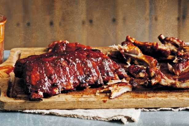 Get glazing with this simple step-by-step recipe for finger-lickin' barbecued pork ribs.