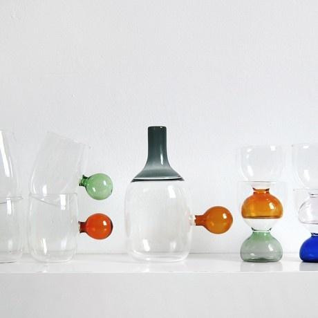 La caraffa in vetro del set incalmi realizzata unendo for Pezzi di design famosi
