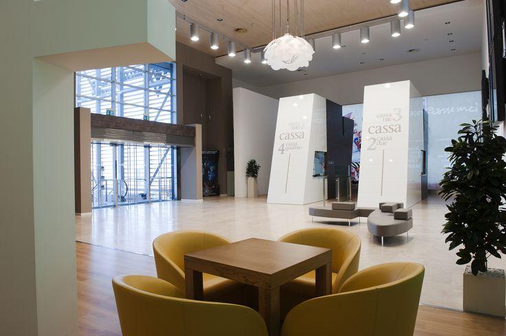 Tolentino - Multiplex foyer
