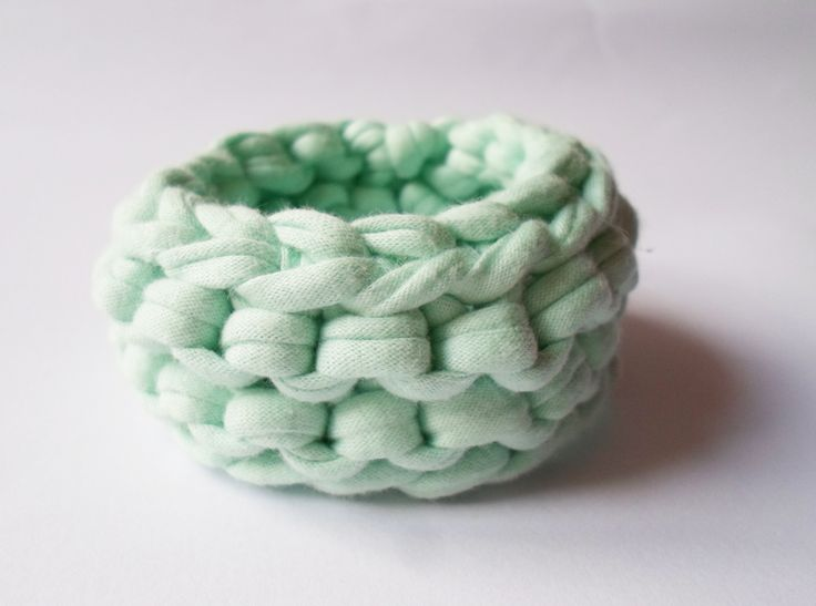 Organic cotton bracelet in mint:)