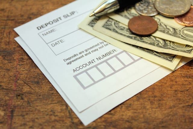 Make Your Money Make More Money: Get 5% Back From These Checking and Savings Accounts