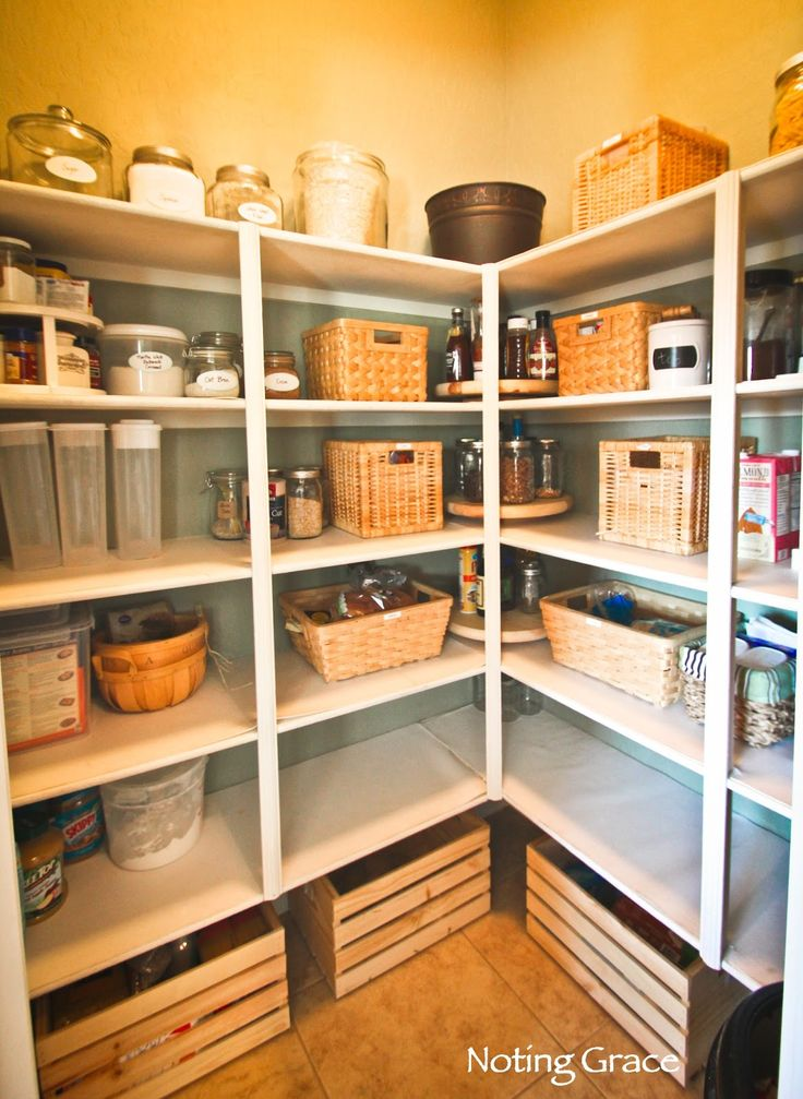 Staging a Pantry sounds pretty silly, but when you want to appeal to a cook or coupon-er, then you need to make sure it looks organized and spacious.