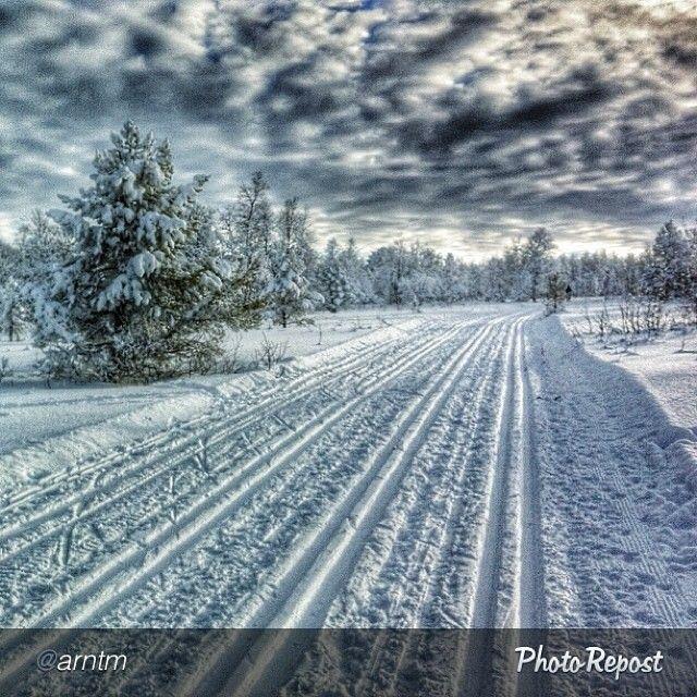 Winter highway in Oppdal. Photo: @Arnt Dolen