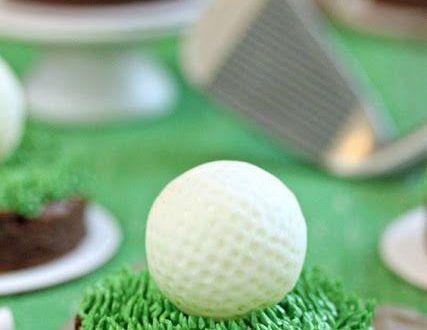 Golfball-Trüffel auf grünem Gras auf einem Brownie – #Ball #Brownie #G … -…