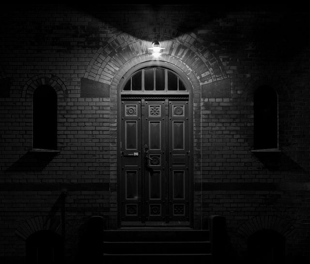 pics of scary doors - Google Search & 20 best Splash Damage-Door images on Pinterest | Macabre Scary and ...