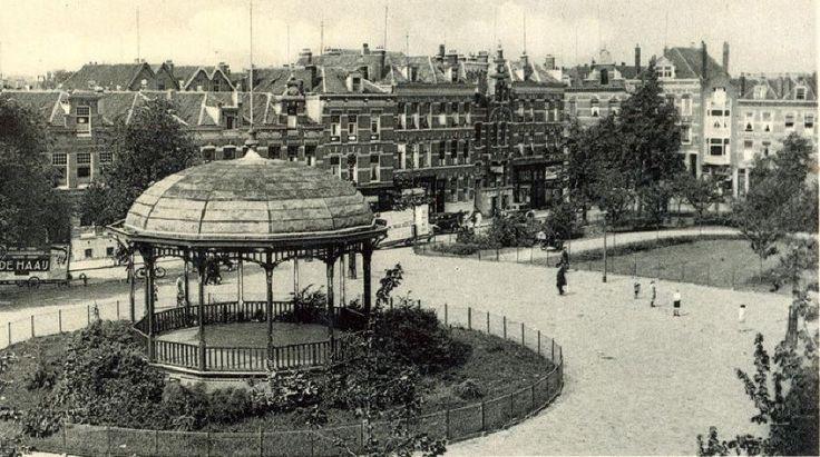 Het Pijnackerplein in 1930.
