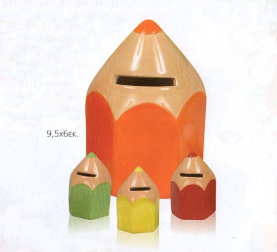 www.mpomponieres.gr Μπομπονιέρα βάπτισης κεραμικός κουμπαράς μολύβι σε διάφορα χρώματα. Σετ των τεσσάρων τεμαχίων. Η τιμή αφορά το τεμάχιο. Στη τιμή περιλαμβάνονται πέντε κουφέτα αμυγδάλου ή smarties Χατζηγιαννάκη. Κάθε μπομπονιέρα κατασκευάζεται με ελεγμένα υλικά υψηλής ποιότητας. #μπομπονιερες #μπομπονιερεσ #βαπτιση #mpomponieres #bombonieres #vaptisi #baptisis http://www.mpomponieres.gr/mpomponieres-vaptisis/mpomponiera-vaptisis-koumparas-molivi.html