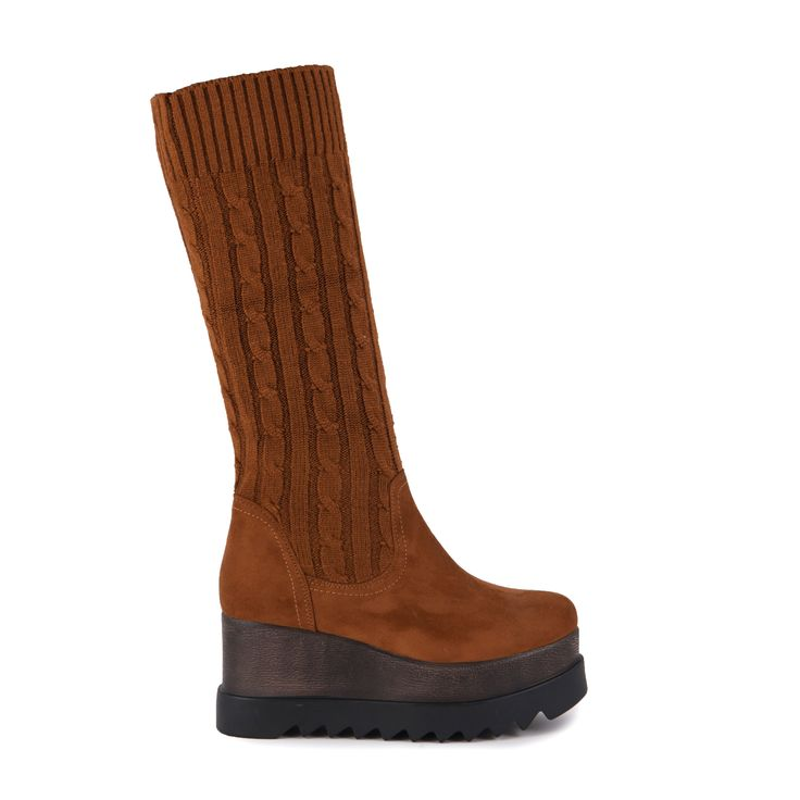 Mπότες κάμελ κάλτσα σουέτ και πλεκτές Από €39,99 ΤΩΡΑ €29,99!