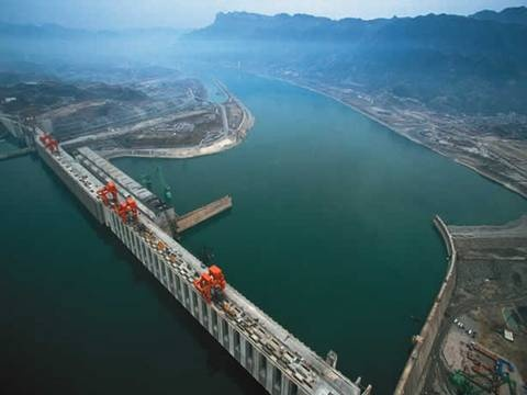 3 Gorges Dam- one of the worlds largest hydro electric dams