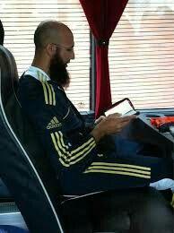 Hashim amla reading quran