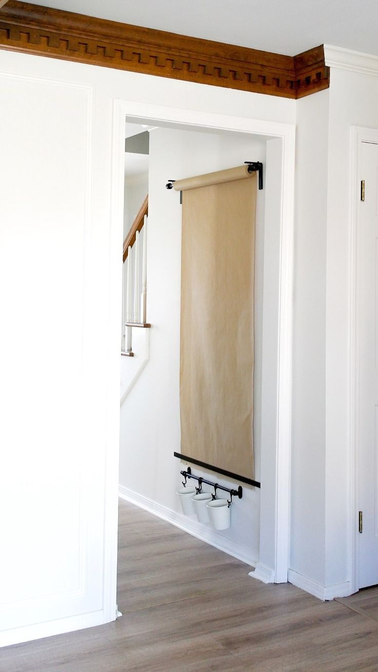 Diy wall mounted easel diy home decor on a budget best