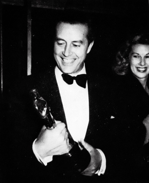 Ray Milland with his Oscar for Best Actor for The Lost Weekend (1945)